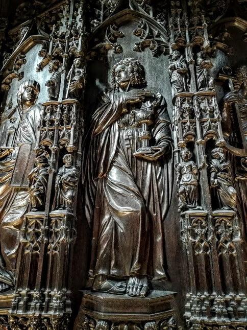 Détail des stalles de la cathédrale Sainte-Marie d'Auch