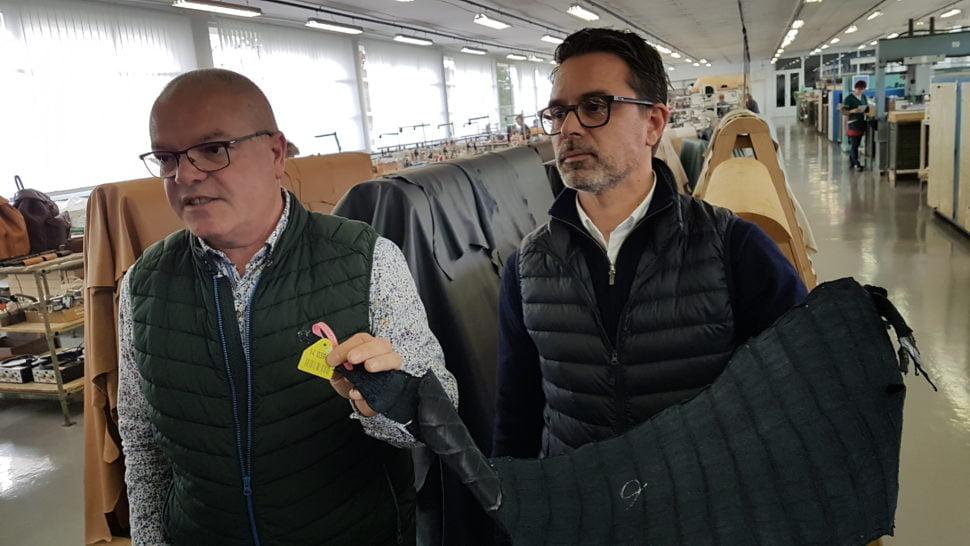 Vincent François, directeur général de Dijon Maroquinerie et Fabien Guené directeur de la production