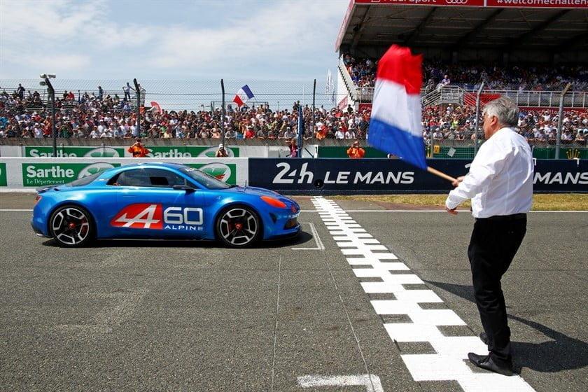 Révélation du showcar Alpine Célébration aux 24 heures du Mans.