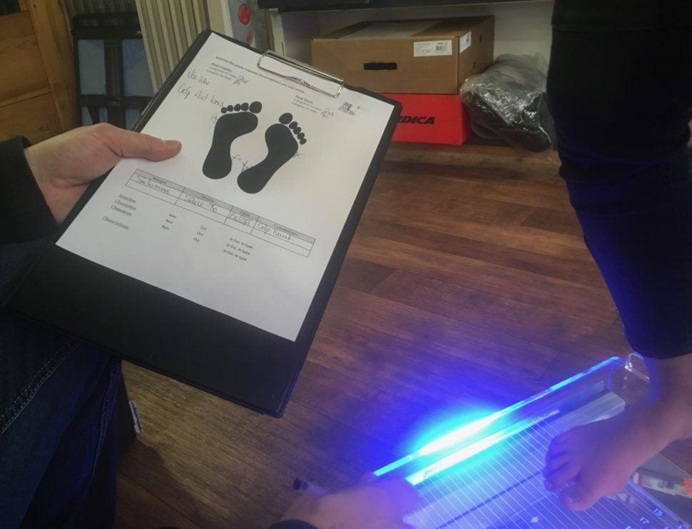 La fiche technique des pieds est remplie après étude des données du podoscope. Elle sera réutilisée et annotée lors des réglages suivants.