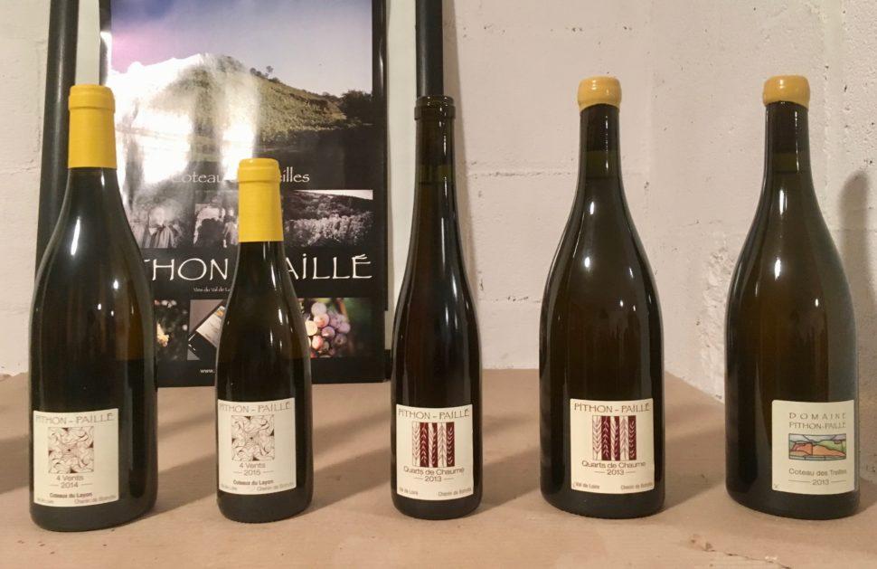 Quelques cuvées à la vente. Les plus grands terroirs étiquetés aujourd'hui Pithon-Paillé seront bientôt présentés sous le nom de Domaine Belargus. Photo