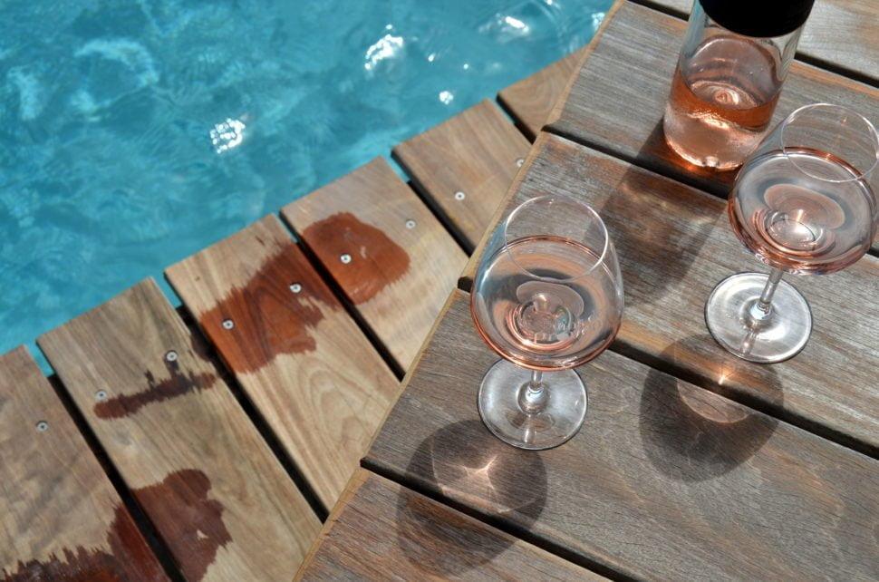 Le rosé (consommé avec modération) est un art de vivre associé aux couleurs, aux saveurs et à l'ambiance estivale