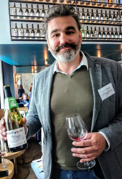 Carl Coignard, fondateur d'Innowine et son Côtes du Rhône Terroir Libre 2018, bio et sans soufre ajouté