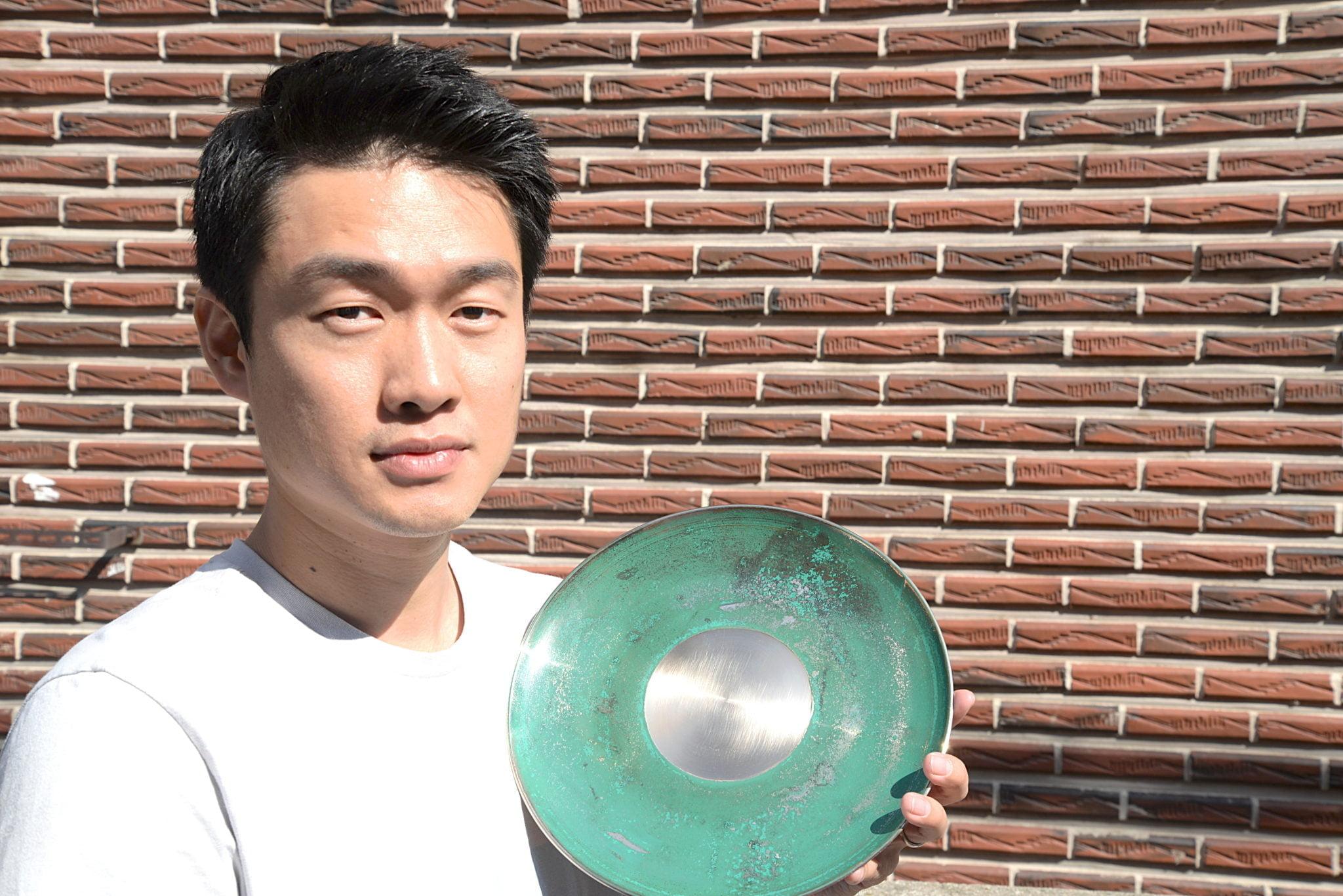 Hyuck Yi, directeur de l'atelier coréen Geochang Yugi