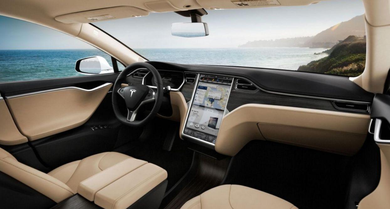 Intérieur de la Tesla Model S.