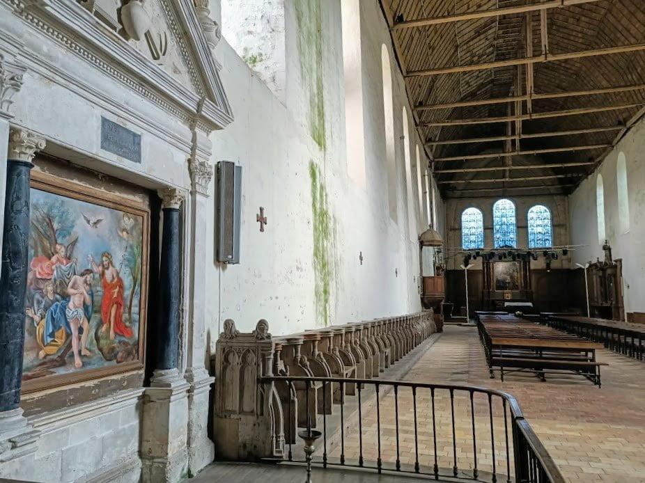 ntérieur de l'église abbatiale de la Sainte Trinité