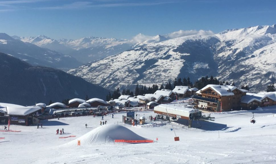 Le départ des pistes de ski de la Rosière.