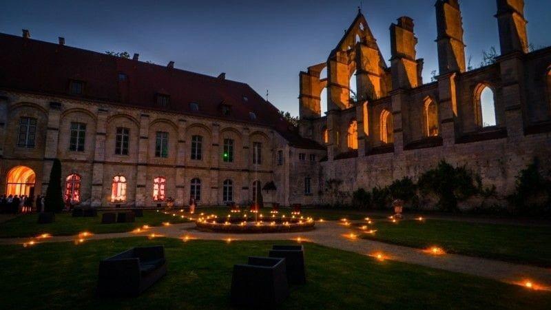 L'abbaye de Longpont, un magnifique décor de fête.