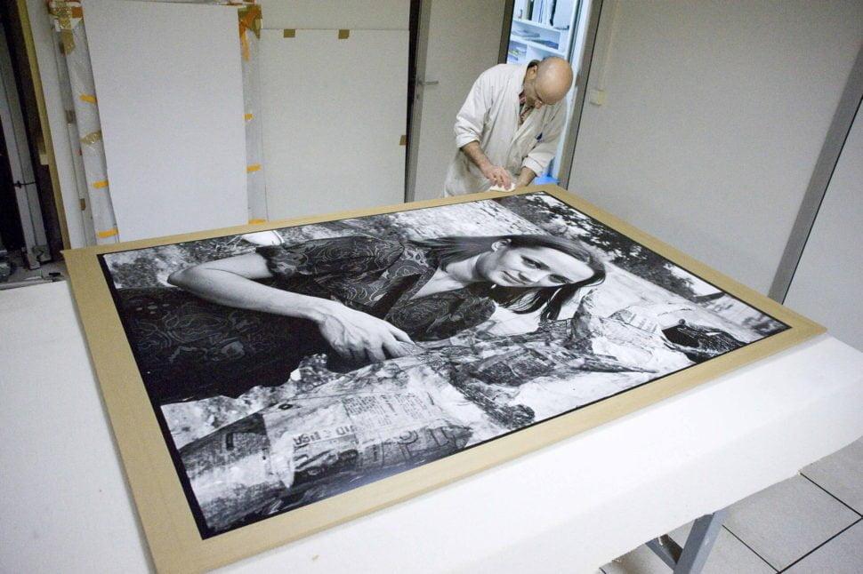 Portrait de Niki de Saint Phalle par Pierre Descargues. Tirage argentique/agrandisseur, papier baryté, format 120X18O