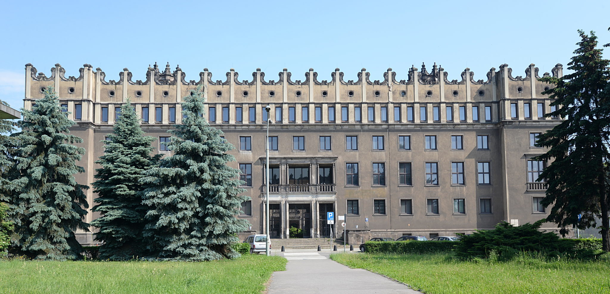 Les bâtiments administratifs de l'aciérie