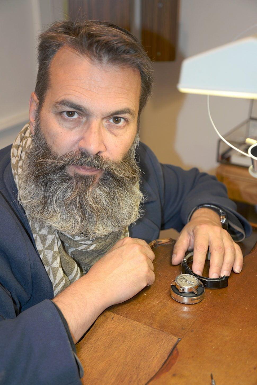 Philippe Lebru ordonne le temps, à Besançon.