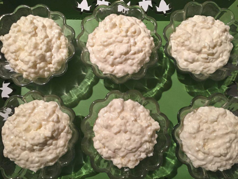Ramequins de riz au lait à la crème fouettée