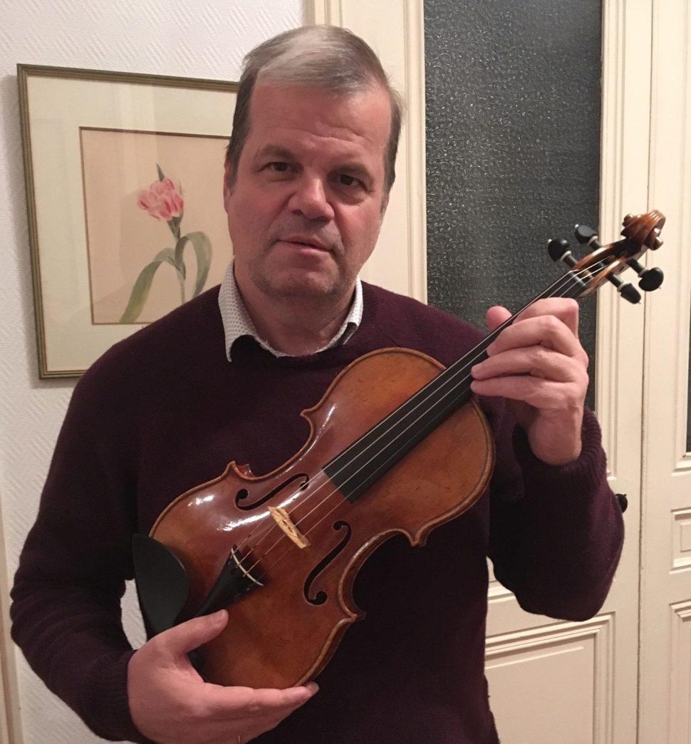 Dominique Lonca, propriétaire actuel du violon médaillé d'or