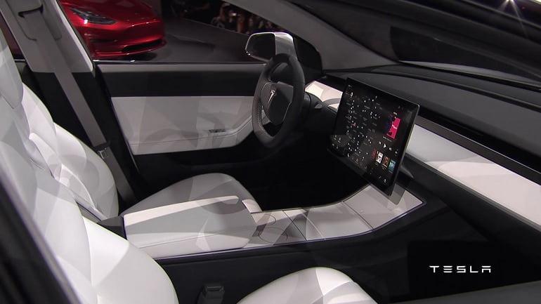 L'intérieur de la Tesla modèle 3.