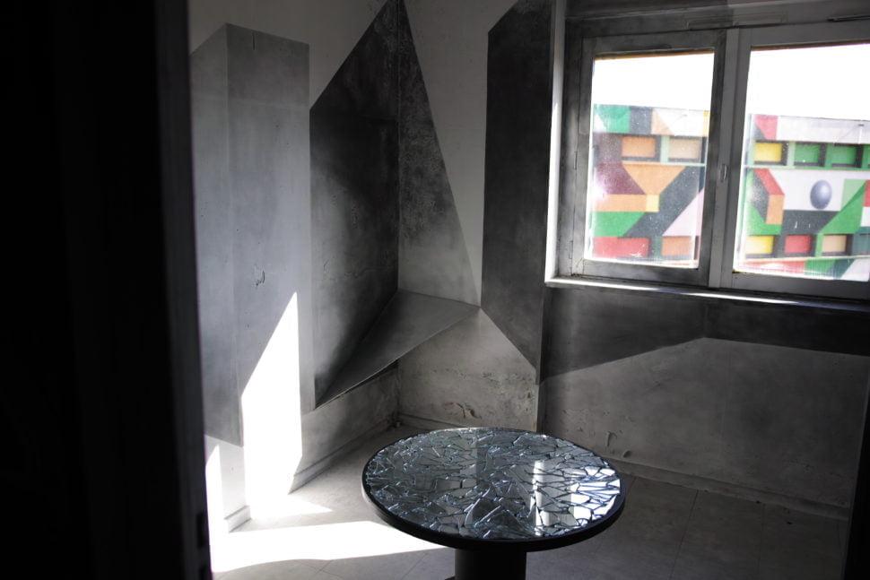 Cellule de l'Hôtel 128, investie par Mélina Mauberret à Steet Art City